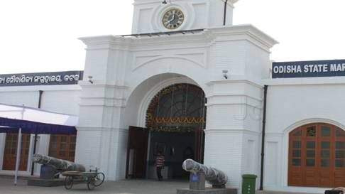 A canon infront of entry gate to Odisha maritime museum is a famous tourist attraction in Cuttack