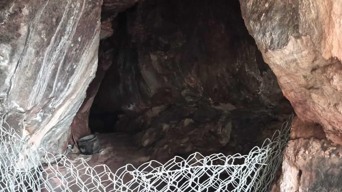 Entrance of dakhina kabata caves of Banki